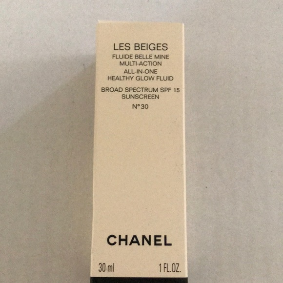 CHANEL Other - Chanel les beiges healthy glow fluid